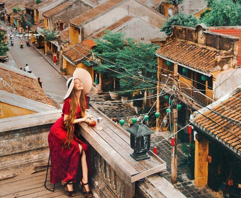 Faifo Coffee với view cực đỉnh nhìn toàn bộ thành phố từ trên cao